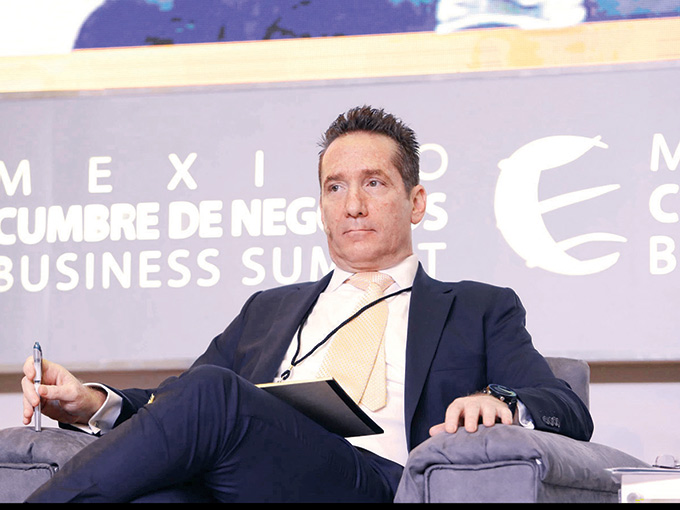 Daniel Becker Feldman, presidente y director general de Grupo Financiero Mifel.