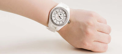juicy-couture-1900642-womens-lively-powder-swarovski-crystal-bezel-white-dial-watch-3