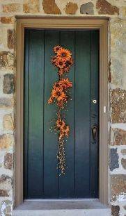 Easy But Inspiring Outdoor Fall Decoration Ideas 14
