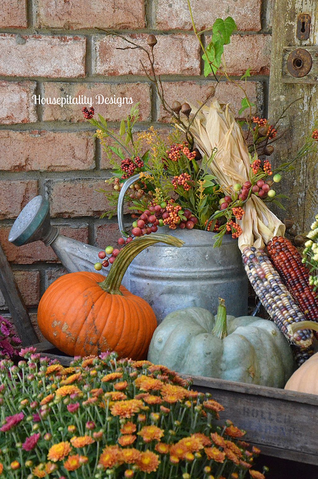 Easy But Inspiring Outdoor Fall Decoration Ideas 20