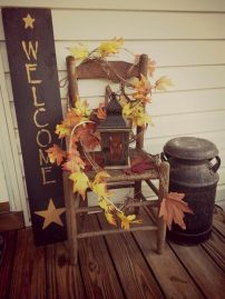 Easy But Inspiring Outdoor Fall Decoration Ideas 60