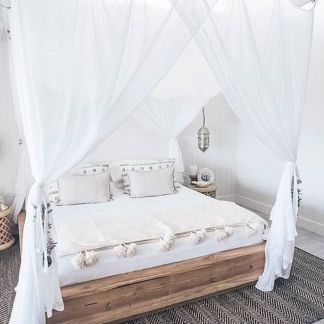 Inexpensive Romantic Bedroom Design Ideas You Will Totally Love 32