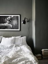 Inexpensive Romantic Bedroom Design Ideas You Will Totally Love 38