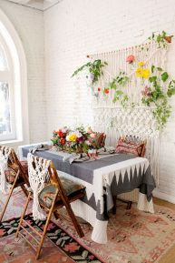 Inspiring Contemporary Style Decor Ideas For Dining Room 40