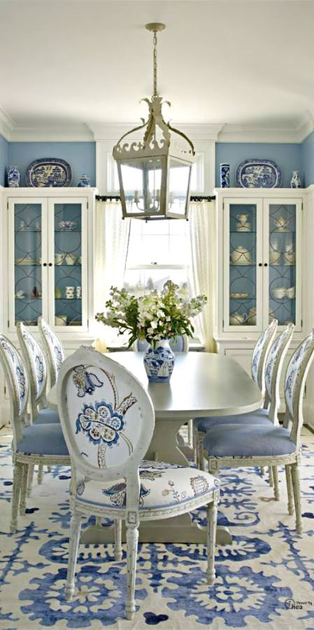 Inspiring Contemporary Style Decor Ideas For Dining Room 79