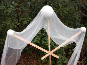 Scary Front Yard Halloween Decoration Ideas 12
