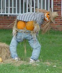Scary Front Yard Halloween Decoration Ideas 18