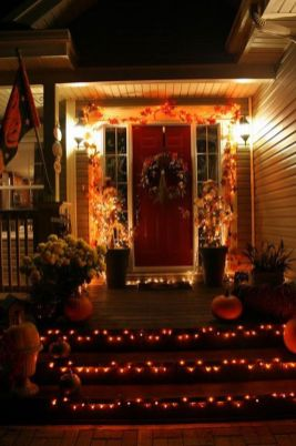 Scary Front Yard Halloween Decoration Ideas 41