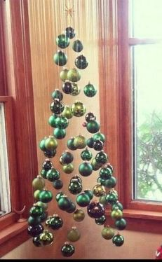 Space Saving Christmas Tree Ideas Suitable For Small Rooms 07