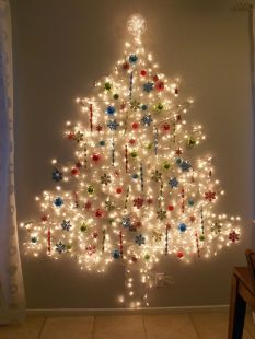 Space Saving Christmas Tree Ideas Suitable For Small Rooms 10