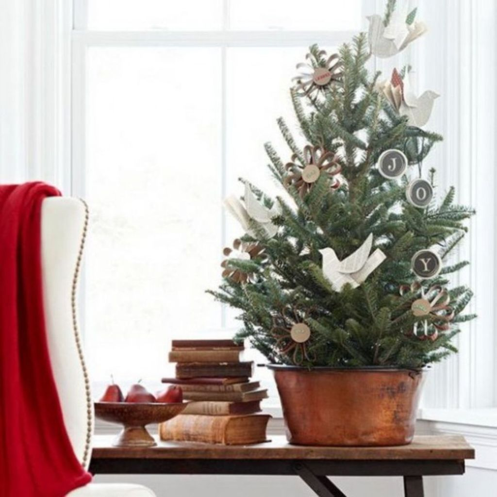 Space Saving Christmas Tree Ideas Suitable For Small Rooms 52