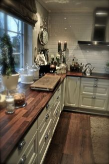 Beautiful Farmhouse Style Rustic Kitchen Cabinet Decoration Ideas 80