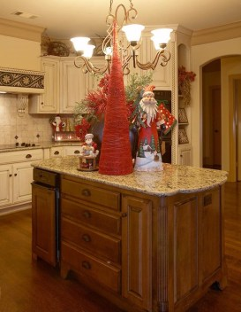Beautiful Red Themed Kitchen Design Ideas For Christmas 29