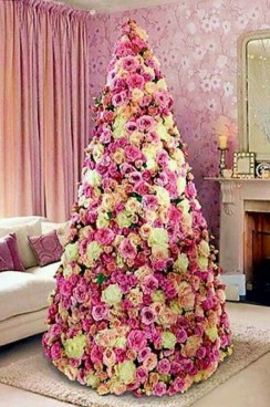 Cute And Adorable Pink Christmas Tree Decoration Ideas 04