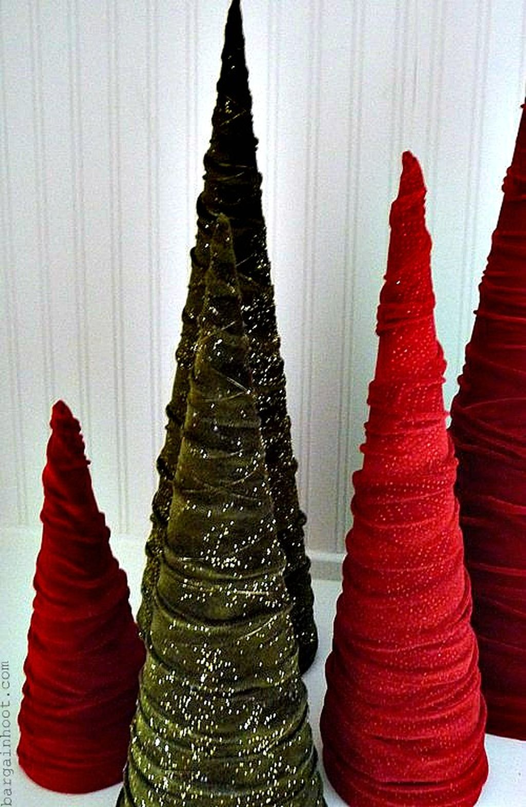Easy And Creative DIY Christmas Tree Design Ideas You Can Try As Alternatives 82