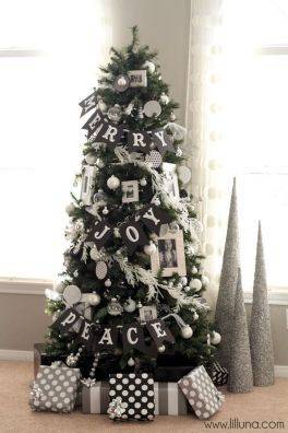 Elegant White Vintage Christmas Decoration Ideas 54