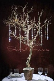 Elegant And Beautiful Tabletop Christmas Tree Centerpieces Ideas 31