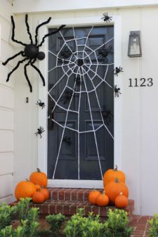 Inspiring Halloween Decoration Ideas For Your Apartment 61
