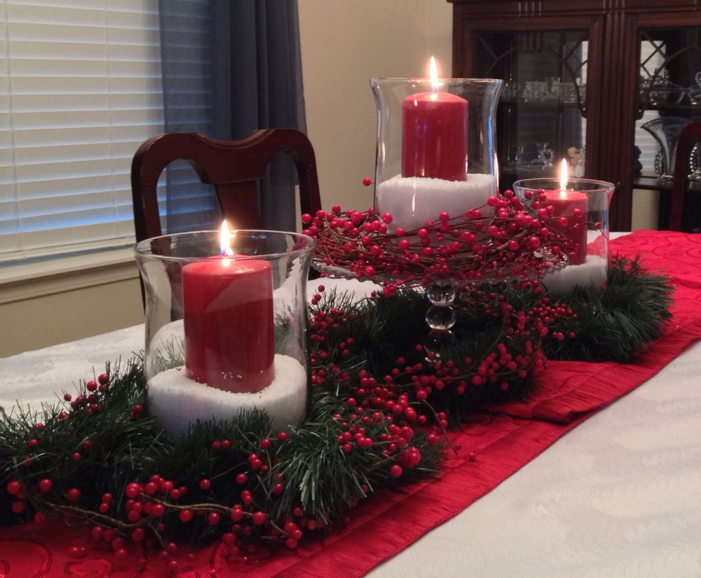 Inspiring Modern Rustic Christmas Centerpieces Ideas With Candles 03