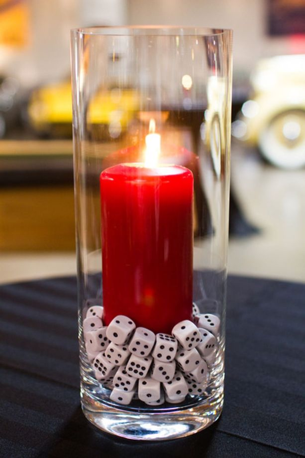 Inspiring Modern Rustic Christmas Centerpieces Ideas With Candles 62
