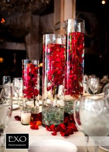 Inspiring Modern Rustic Christmas Centerpieces Ideas With Candles 96