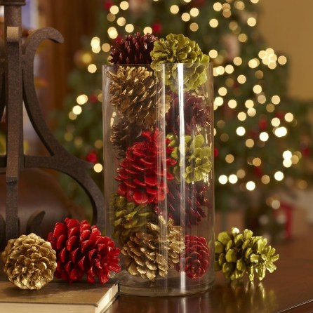 Inspiring Pine Cones Christmas Decoration Ideas 25