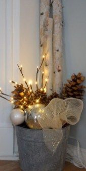 Inspiring Pine Cones Christmas Decoration Ideas 45