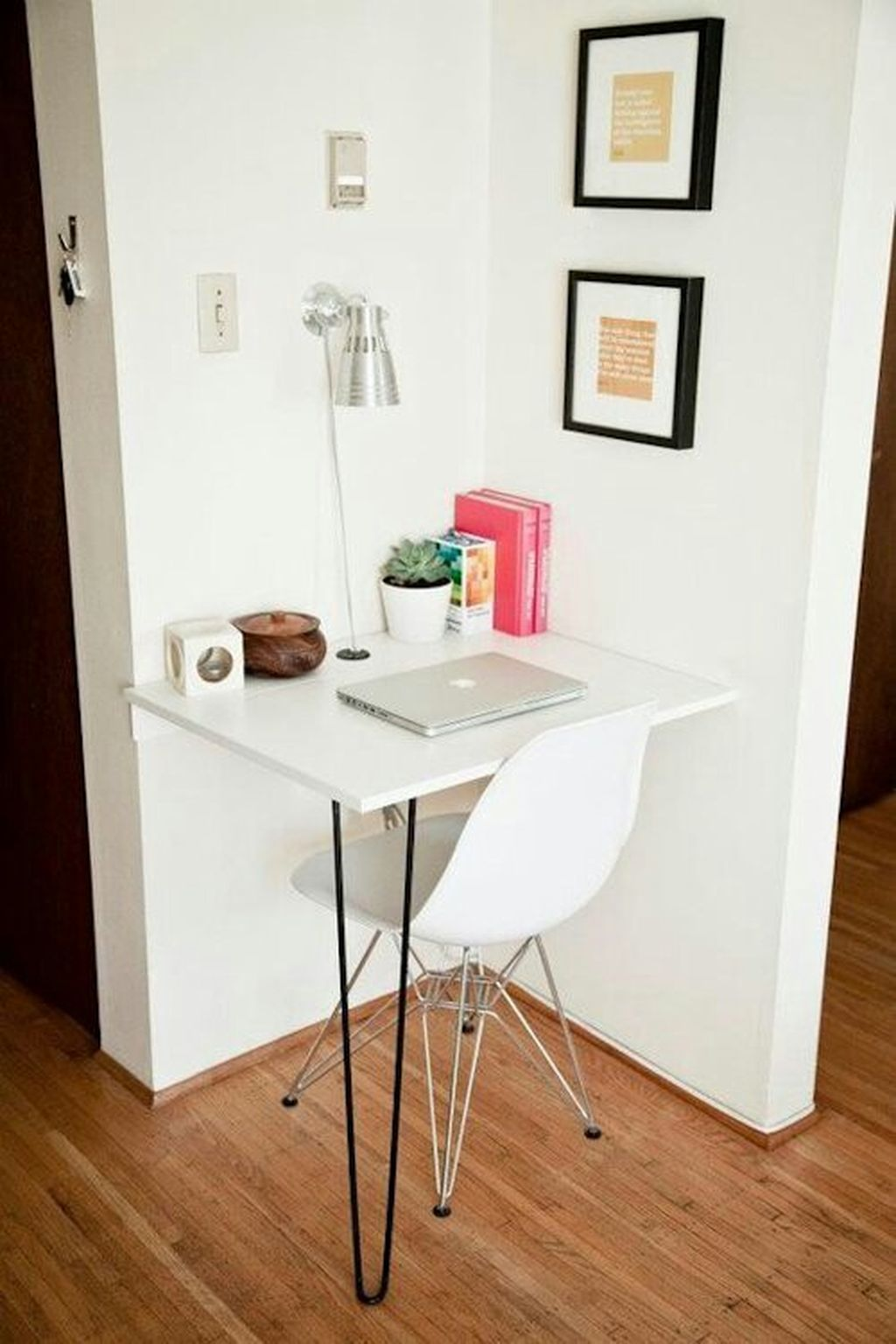Inspiring And Affordable Decoration Ideas For Small Apartment 95