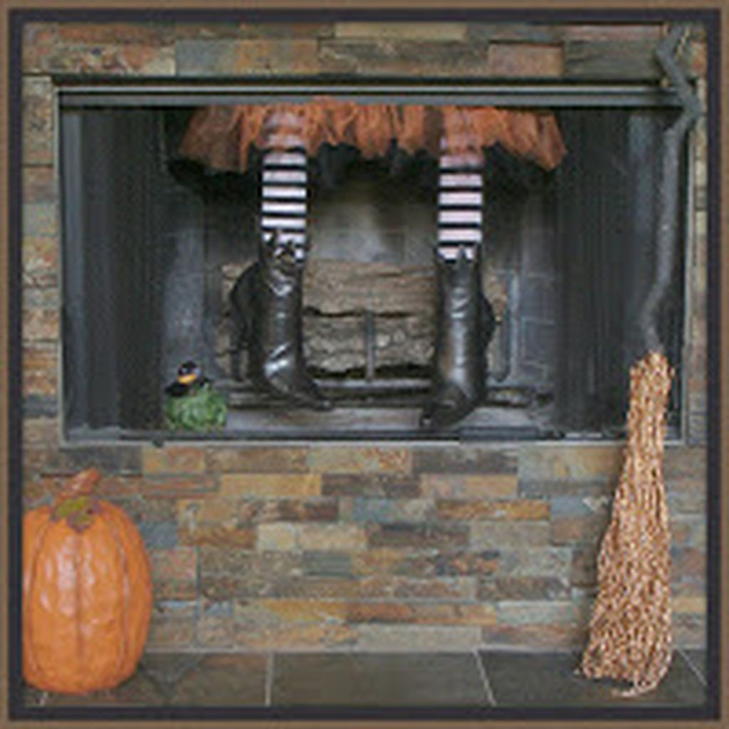 Scary But Classy Halloween Fireplace Decoration Ideas 19