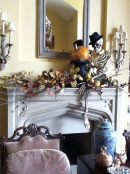 Scary But Classy Halloween Fireplace Decoration Ideas 45