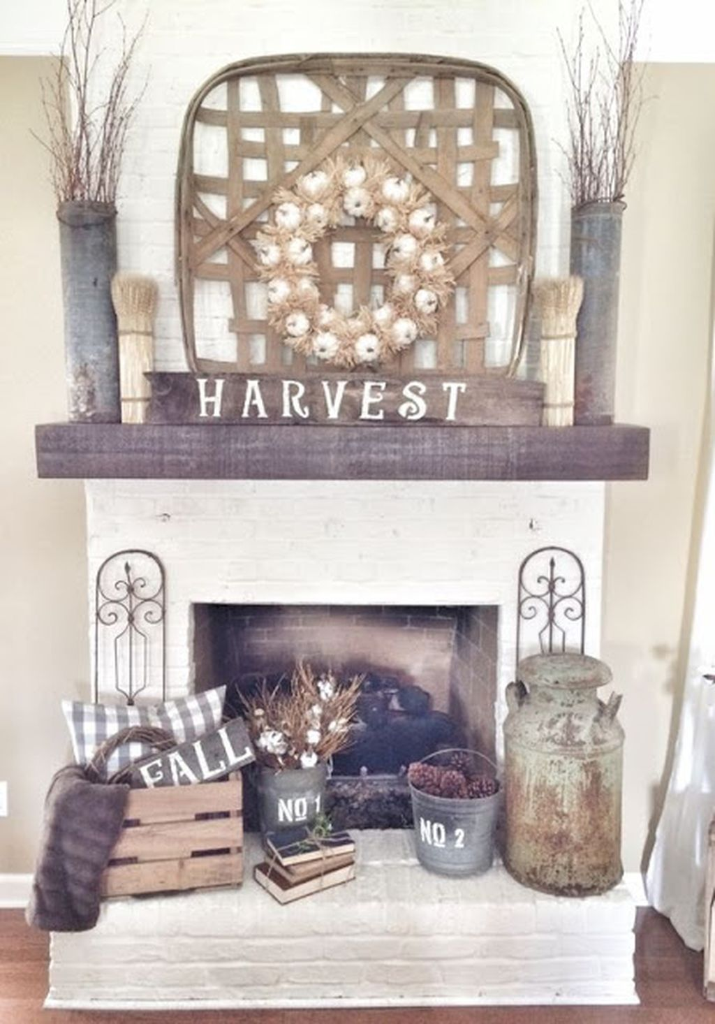 Scary But Classy Halloween Fireplace Decoration Ideas 60