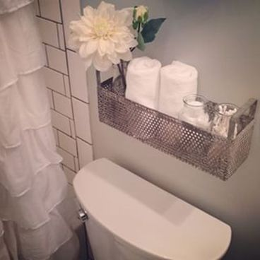 Simple And Clean Apartment Bathroom Decoration Ideas Suitable For You Who Living With Roomates 35