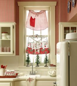 Stunning White Vintage Christmas Decoration Ideas 72