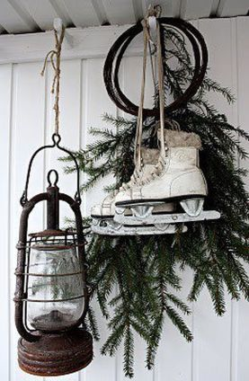 Stunning White Vintage Christmas Decoration Ideas 78