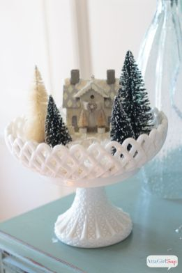 Stunning White Vintage Christmas Decoration Ideas 98