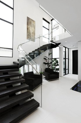 Totally Inspiring Residential Staircase Design Ideas You Can Apply For Your Home 08