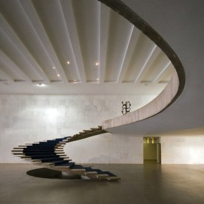 Totally Inspiring Residential Staircase Design Ideas You Can Apply For Your Home 13