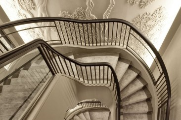 Totally Inspiring Residential Staircase Design Ideas You Can Apply For Your Home 51