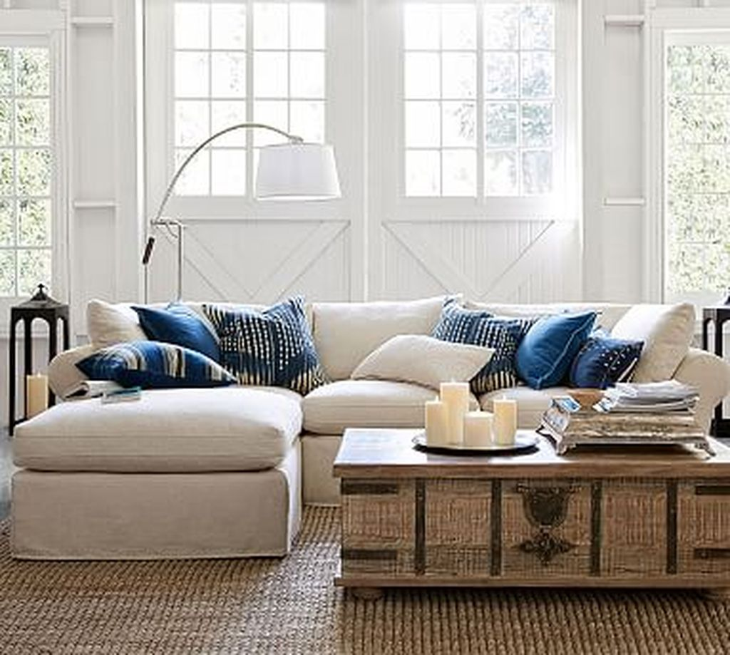 Totally Outstanding Sectional Sofa Decoration Ideas With Lamps 94