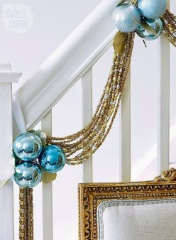 Amazing Silver And Blue Christmas Decoration Ideas For Christmas And New Year27