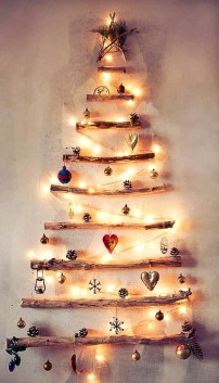 Brilliant And Inspiring Recycled Christmas Tree Decoration Ideas 12