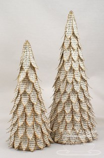 Brilliant And Inspiring Recycled Christmas Tree Decoration Ideas 22