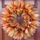Cozy Thanksgiving Front Door Decor Ideas34