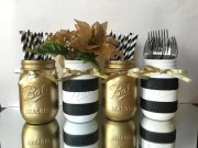 Elegant Black And Gold Christmas Decoration Ideas37