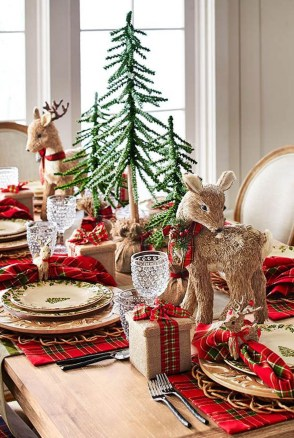 Elegant Table Christmas Decoration Ideas 27