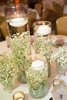 Romantic Christmas Centerpieces Ideas With Candles 42