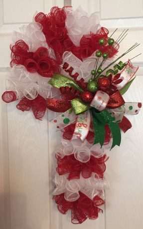 Totally Fun Candy Cane Christmas Decoration Ideas For Your Home41
