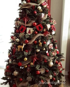 Totally Inspiring Red And Gold Christmas Decoration Ideas 11