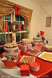 Totally Inspiring Red And Gold Christmas Decoration Ideas 36