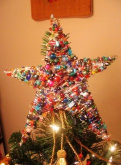 Unique But Inspiring Christmas Tree Toppers Decoration Ideas 02